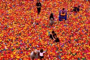 ball-pit-balls-fun-2492283